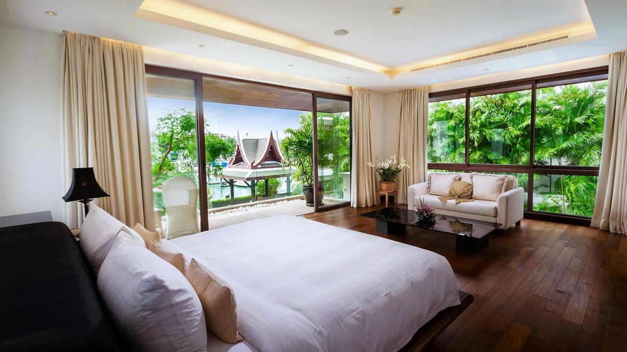 REAL Phuket  Agency's Villa Kalyana - 5-Bedroom Luxury Villa at Royal Phuket Marina 25
