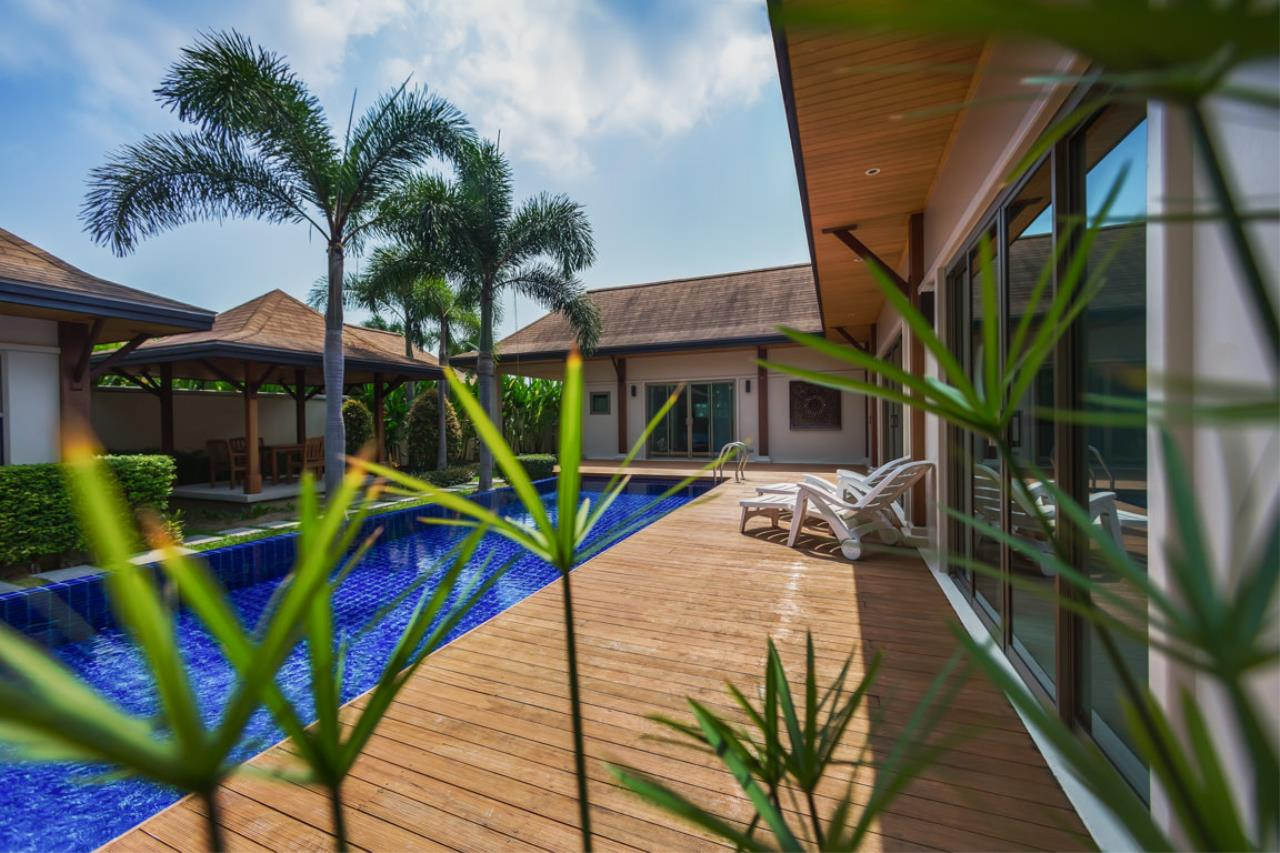 REAL Phuket  Agency's Kokyang Estate - Modern 3-Bedroom Pool Villa in the South of Phuket Island 14