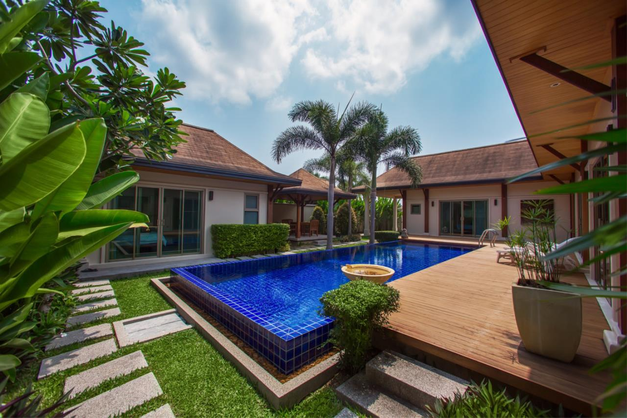REAL Phuket  Agency's Kokyang Estate - Modern 3-Bedroom Pool Villa in the South of Phuket Island 15
