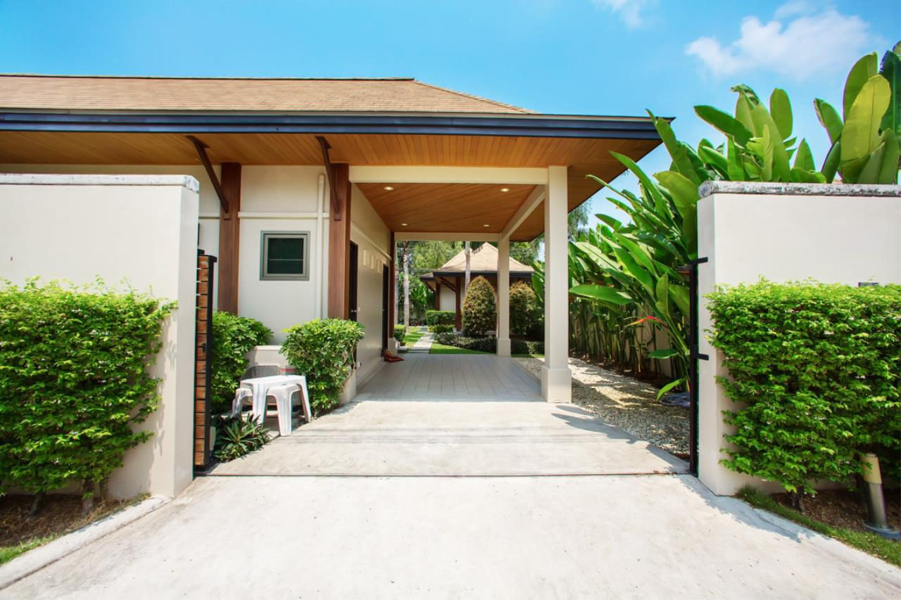 REAL Phuket  Agency's Kokyang Estate - Modern 3-Bedroom Pool Villa in the South of Phuket Island 24