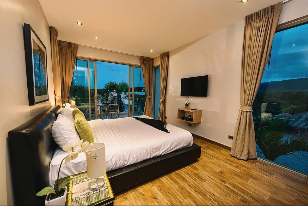 REAL Phuket  Agency's Modern 3-Bedroom Twin Pool Villa in Cherngtalay 3