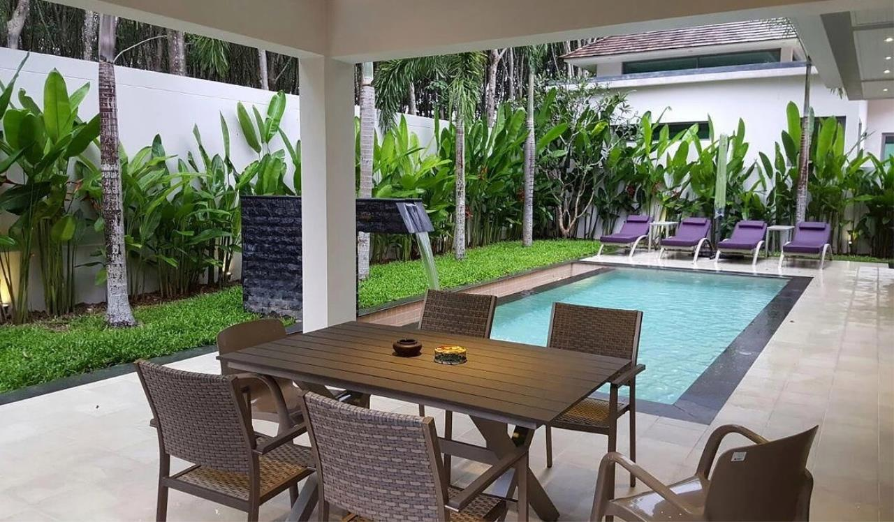 REAL Phuket  Agency's Modern 3-Bedroom Twin Pool Villa in Cherngtalay 5
