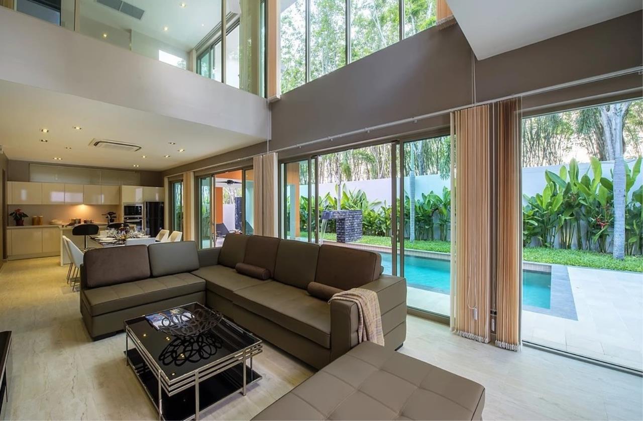REAL Phuket  Agency's Modern 3-Bedroom Twin Pool Villa in Cherngtalay 8
