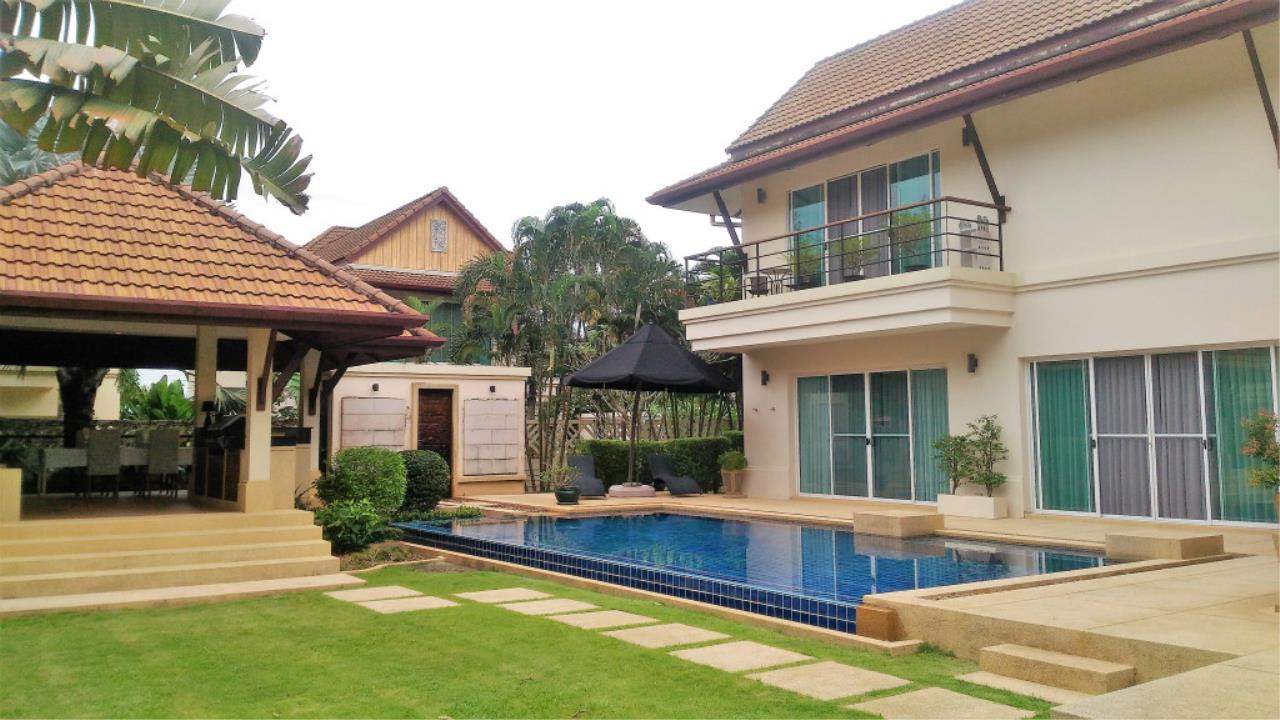 Real Phuket  Agency's Woodlands - Substantial 5-Bedroom Pool Villa in Central Location 1