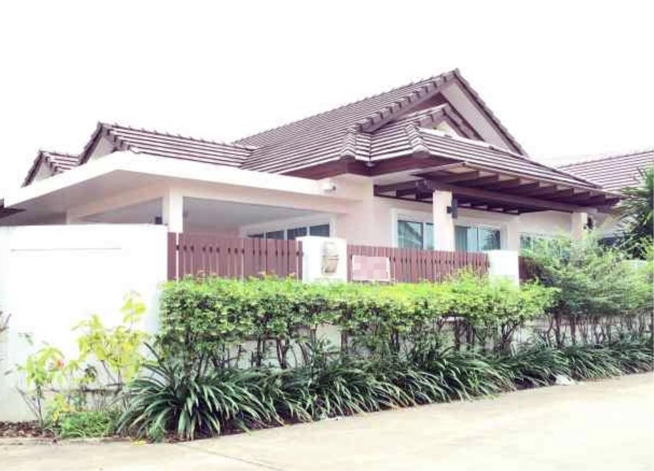 REAL Phuket  Agency's The Happy Place - Modern 2-Bedroom Duplex House in Thalang 1