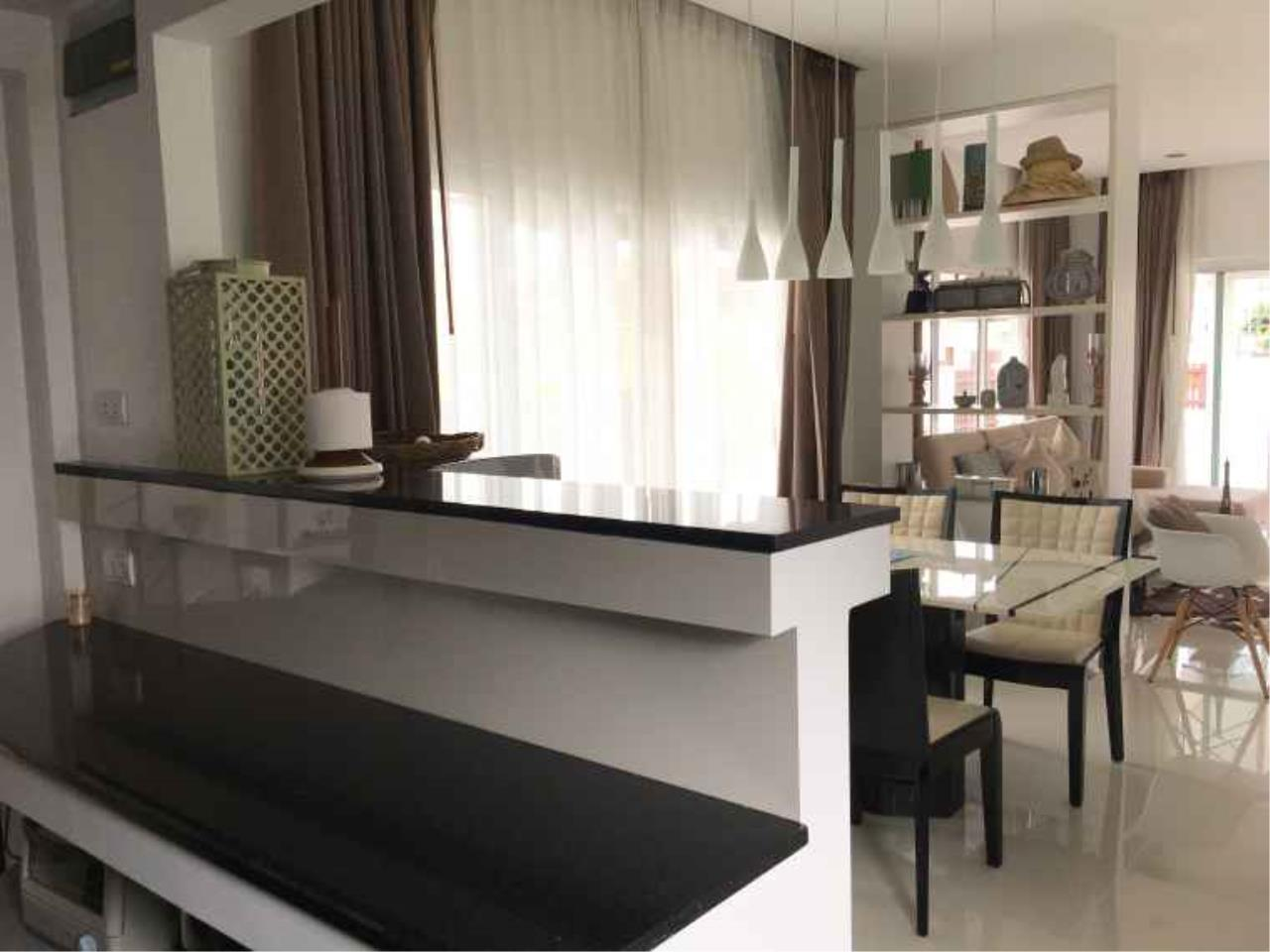REAL Phuket  Agency's The Happy Place - Modern 2-Bedroom Duplex House in Thalang 10
