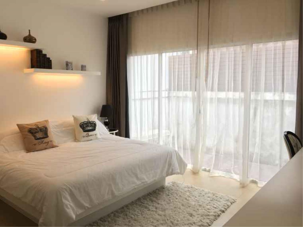 REAL Phuket  Agency's The Happy Place - Modern 2-Bedroom Duplex House in Thalang 5
