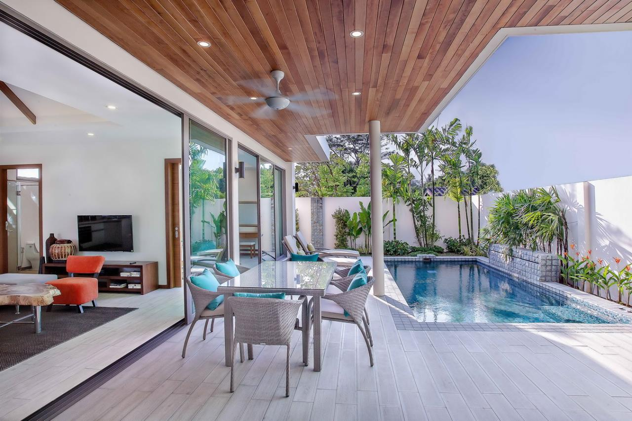 REAL Phuket  Agency's Modern 3-Bedroom Pool Villa in Rawai 25