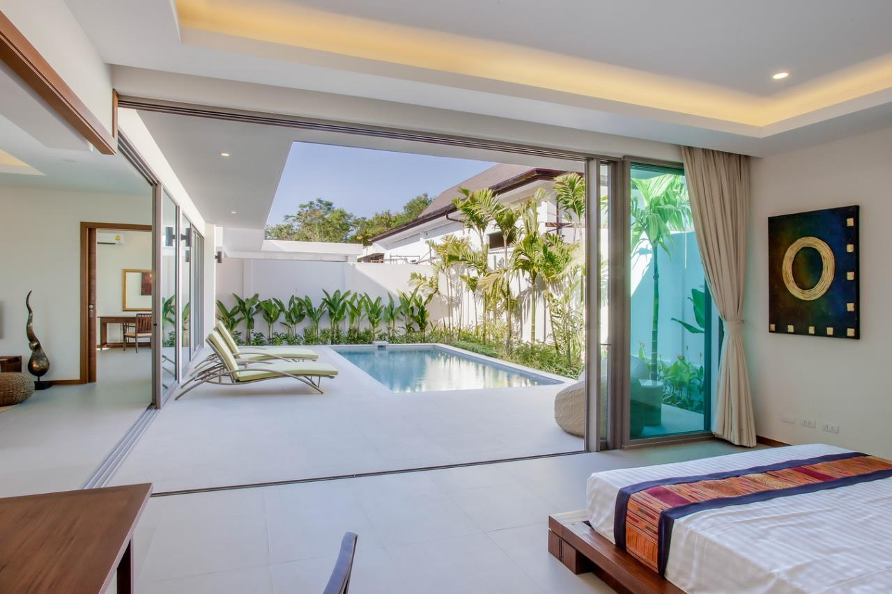 REAL Phuket  Agency's Modern 3-Bedroom Pool Villa in Rawai 12