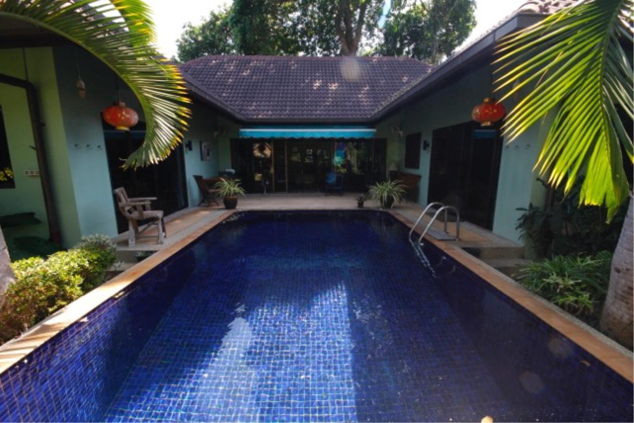 REAL Phuket  Agency's The Dream - 3-Bedroom Pool Villa in Rawai 16