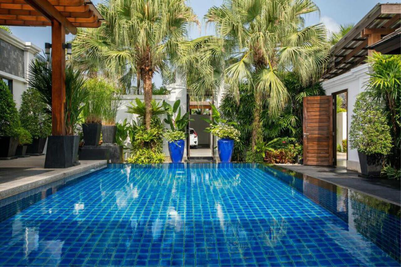 REAL Phuket  Agency's Villa Lawadee - Superb 3-Bedroom Pool Villa near Laguna 4