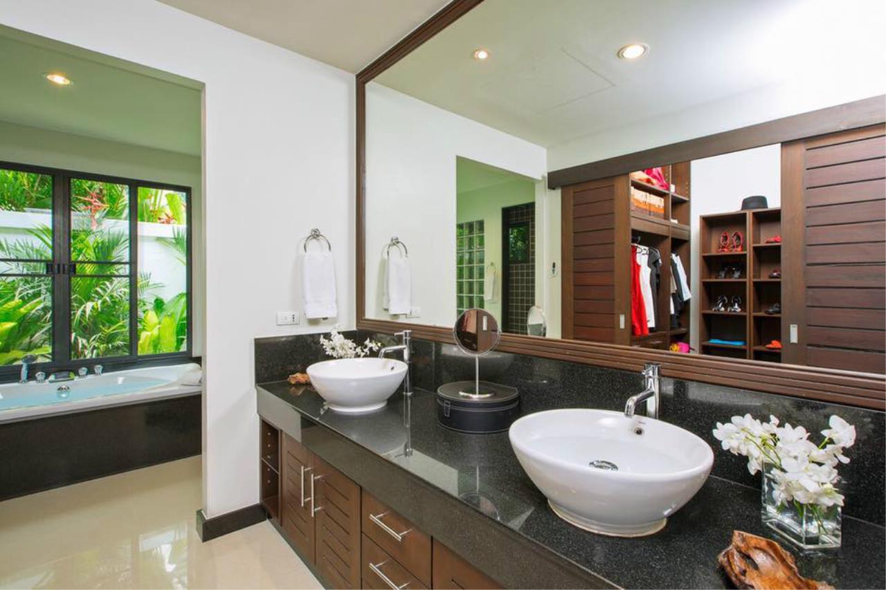 REAL Phuket  Agency's Villa Lawadee - Superb 3-Bedroom Pool Villa near Laguna 11