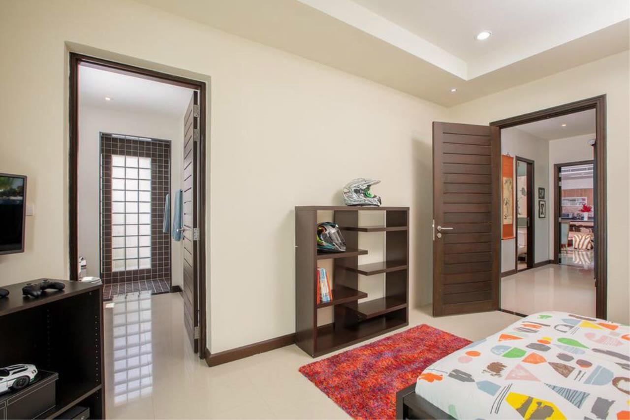 REAL Phuket  Agency's Villa Lawadee - Superb 3-Bedroom Pool Villa near Laguna 23