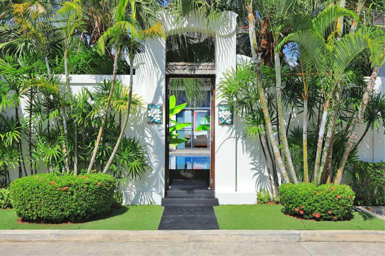 REAL Phuket  Agency's Villa Lawadee - Superb 3-Bedroom Pool Villa near Laguna 24