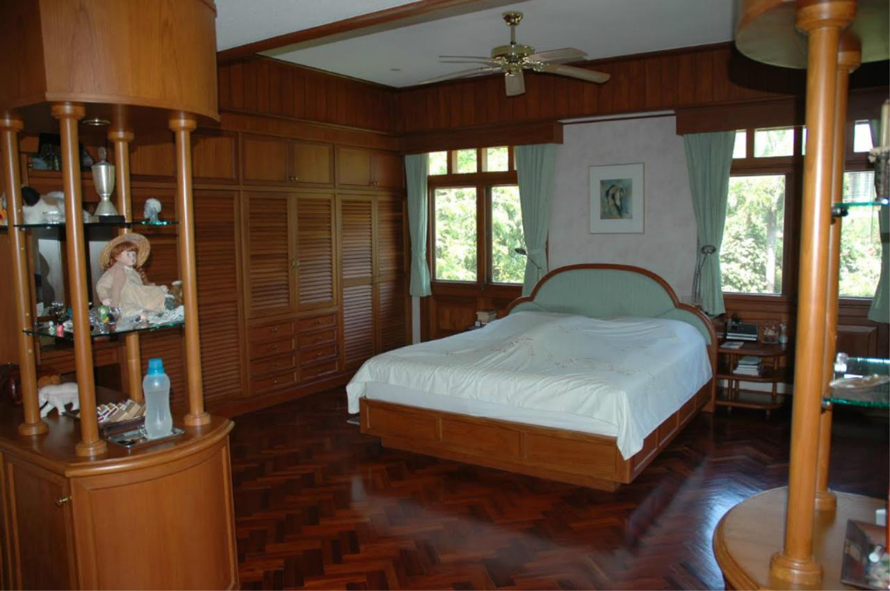 REAL Phuket  Agency's 5-Bedroom Pool Villa with Spacious Garden in Nai Harn 6