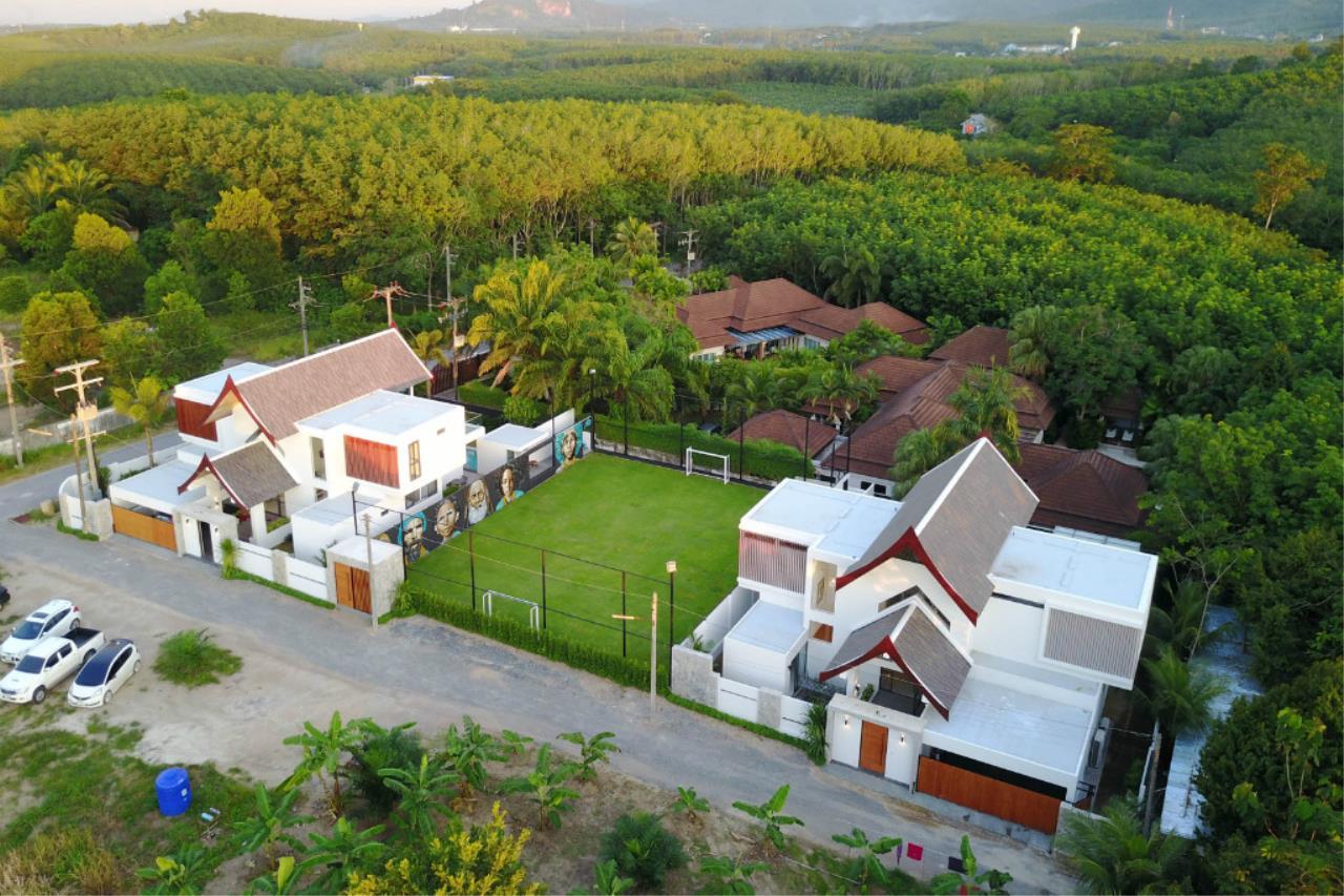REAL Phuket  Agency's Picasso Villas - 2 Unique Rental Villas near Laguna Phuket 16