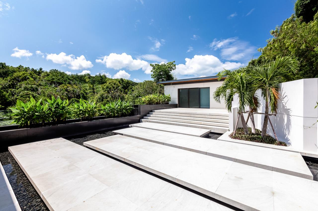 REAL Phuket  Agency's Cliff Top Residence - Ultra-High-End Oceanfront Villa in Cape Panwa 26