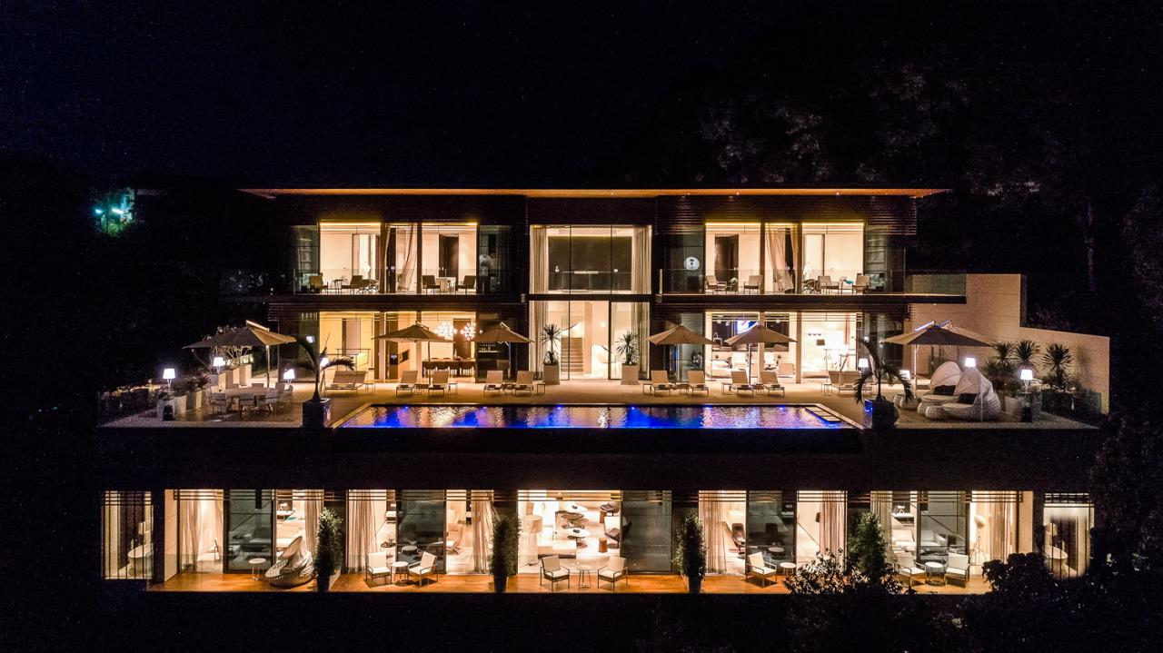REAL Phuket  Agency's Cliff Top Residence - Ultra-High-End Oceanfront Villa in Cape Panwa 29