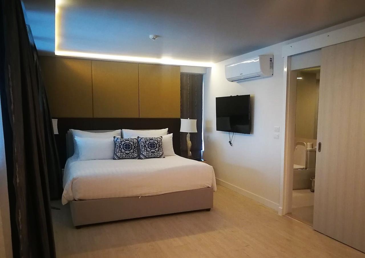 REAL Phuket  Agency's Aristo Condo Surin - 3/4 Bedroom Duplex Sea View Penthouse 15