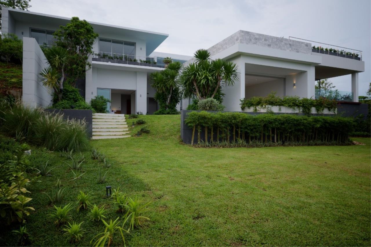 REAL Phuket  Agency's Baan Yamu - 4/5-Bedroom Modern Villa with Panoramic Sea Views 15