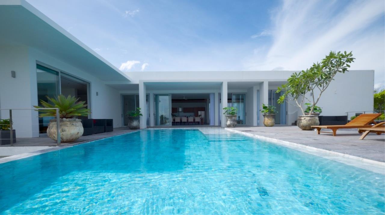 REAL Phuket  Agency's Baan Yamu - 4/5-Bedroom Modern Villa with Panoramic Sea Views 16