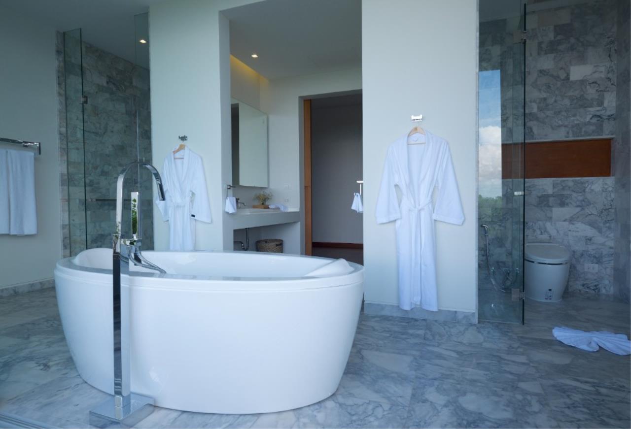 REAL Phuket  Agency's Baan Yamu - 4/5-Bedroom Modern Villa with Panoramic Sea Views 25