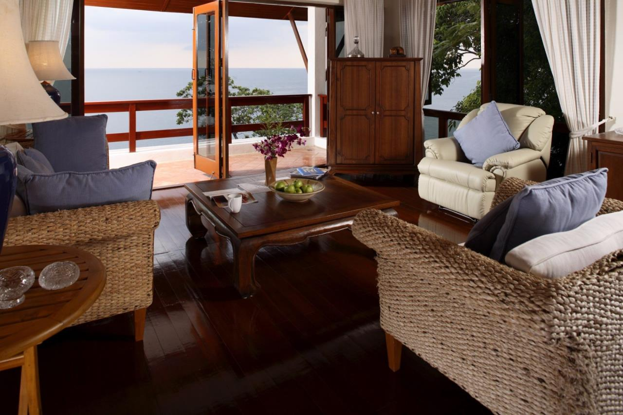 REAL Phuket  Agency's Baan Kata - Impressive 4-Bedroom Oceanfront Villa near Kata Beach 9