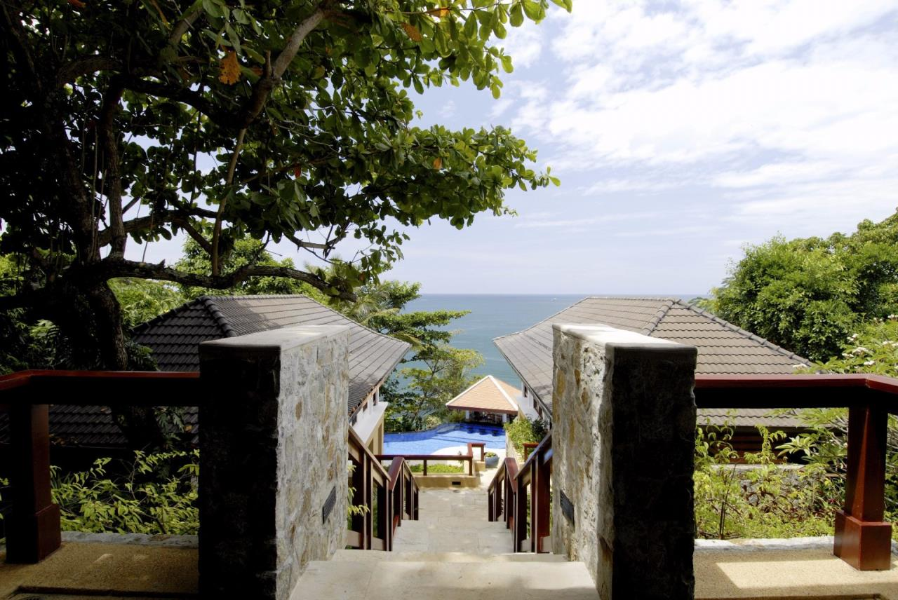 REAL Phuket  Agency's Baan Kata - Impressive 4-Bedroom Oceanfront Villa near Kata Beach 15