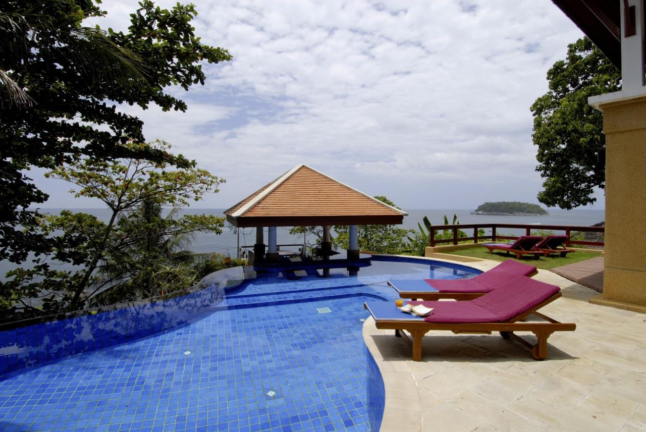 REAL Phuket  Agency's Baan Kata - Impressive 4-Bedroom Oceanfront Villa near Kata Beach 22