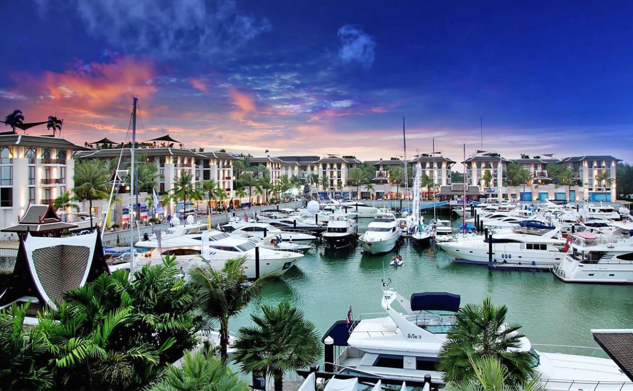 REAL Phuket  Agency's Royal Phuket Marina - Upscale 3-Bedroom Waterfront Apartment 1