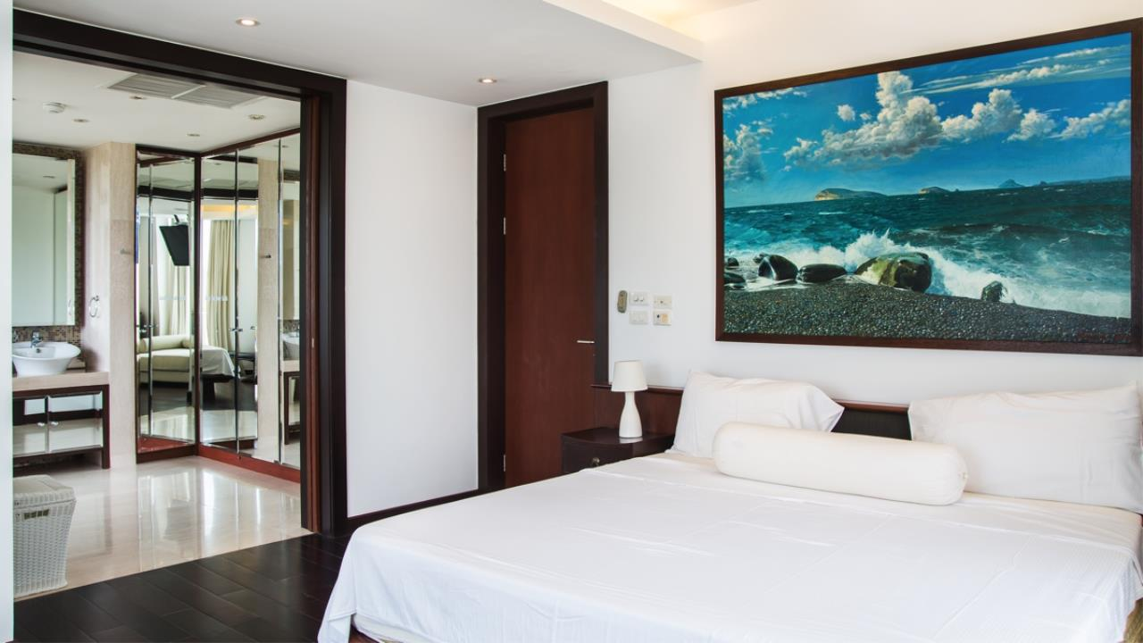 REAL Phuket  Agency's Royal Phuket Marina - Upscale 3-Bedroom Waterfront Apartment 17