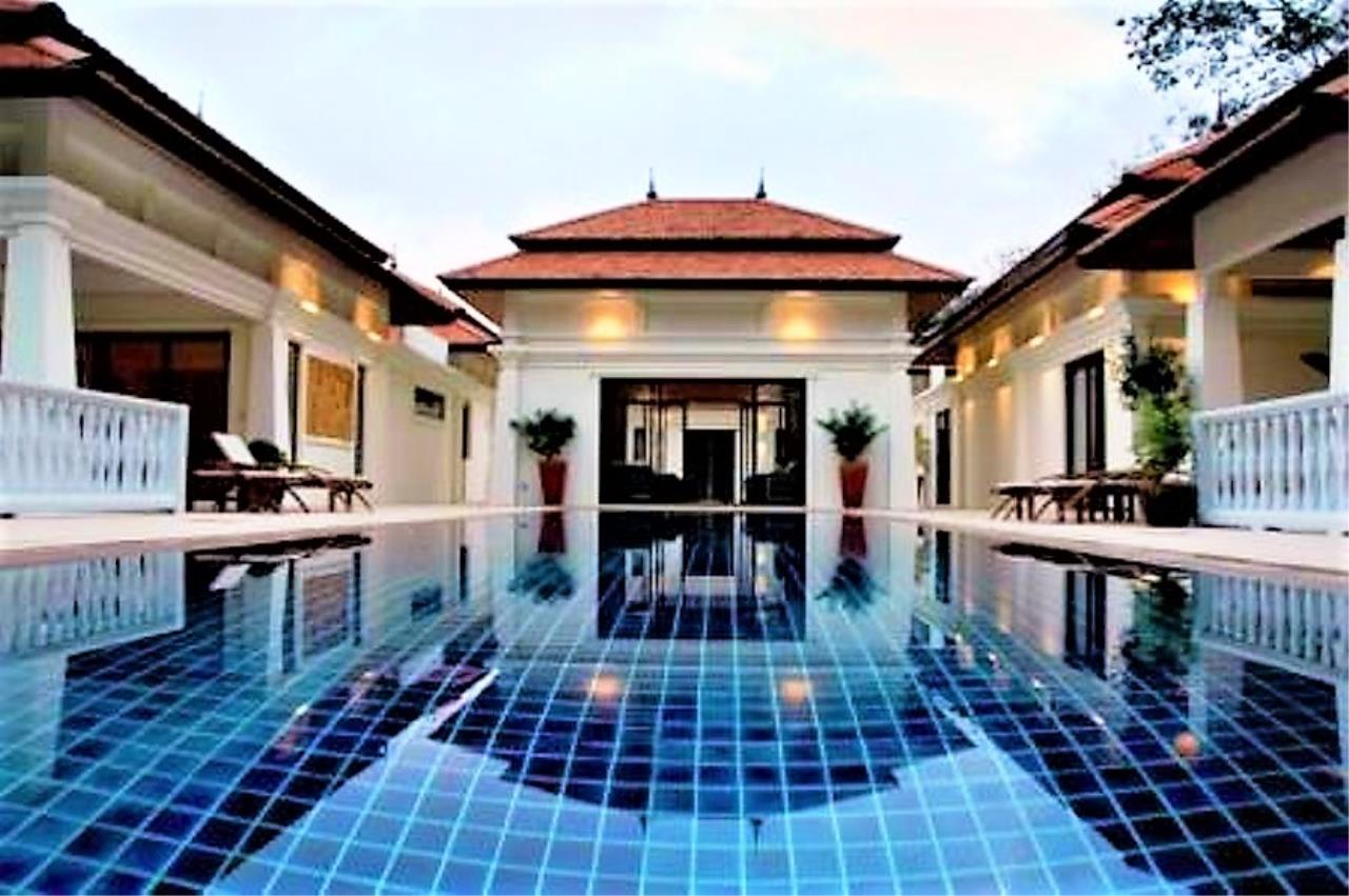 REAL Phuket  Agency's Unique Investment Opportunity - Fully Operational Estate of 5 Luxury Villas in Phuket North 3