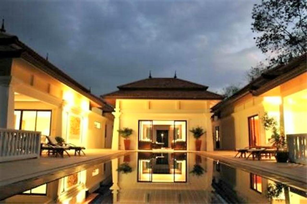 REAL Phuket  Agency's Unique Investment Opportunity - Fully Operational Estate of 5 Luxury Villas in Phuket North 1