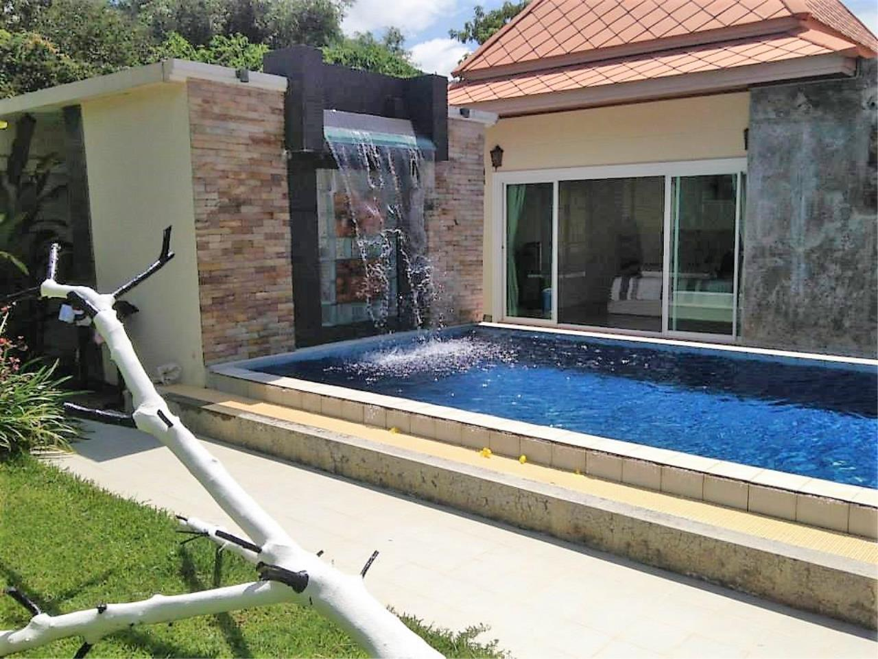 REAL Phuket  Agency's Private 3-Bedroom Pool Villa in Bang Tao for Long-Term Rent 4