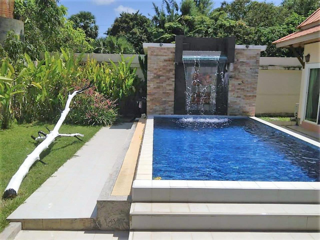 REAL Phuket  Agency's Private 3-Bedroom Pool Villa in Bang Tao for Long-Term Rent 9