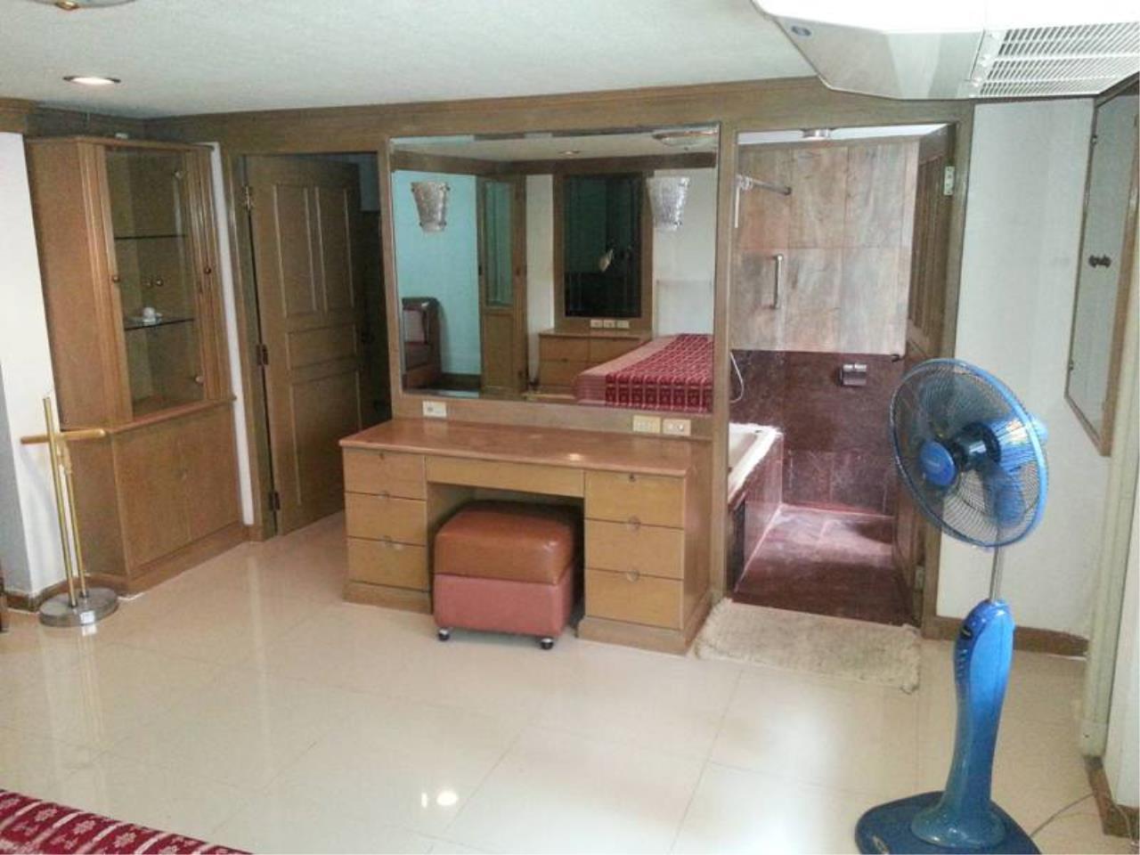 m2 Property Advisors Agency's House Sale in Ekamai | Newly Renovated 4 Bed 13