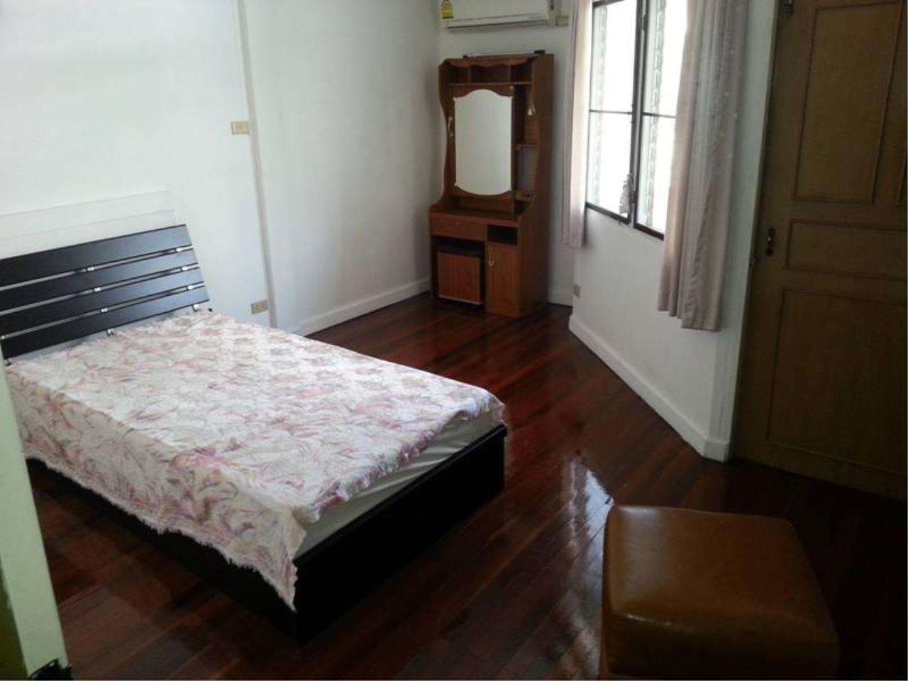 m2 Property Advisors Agency's House Sale in Ekamai | Newly Renovated 4 Bed 18