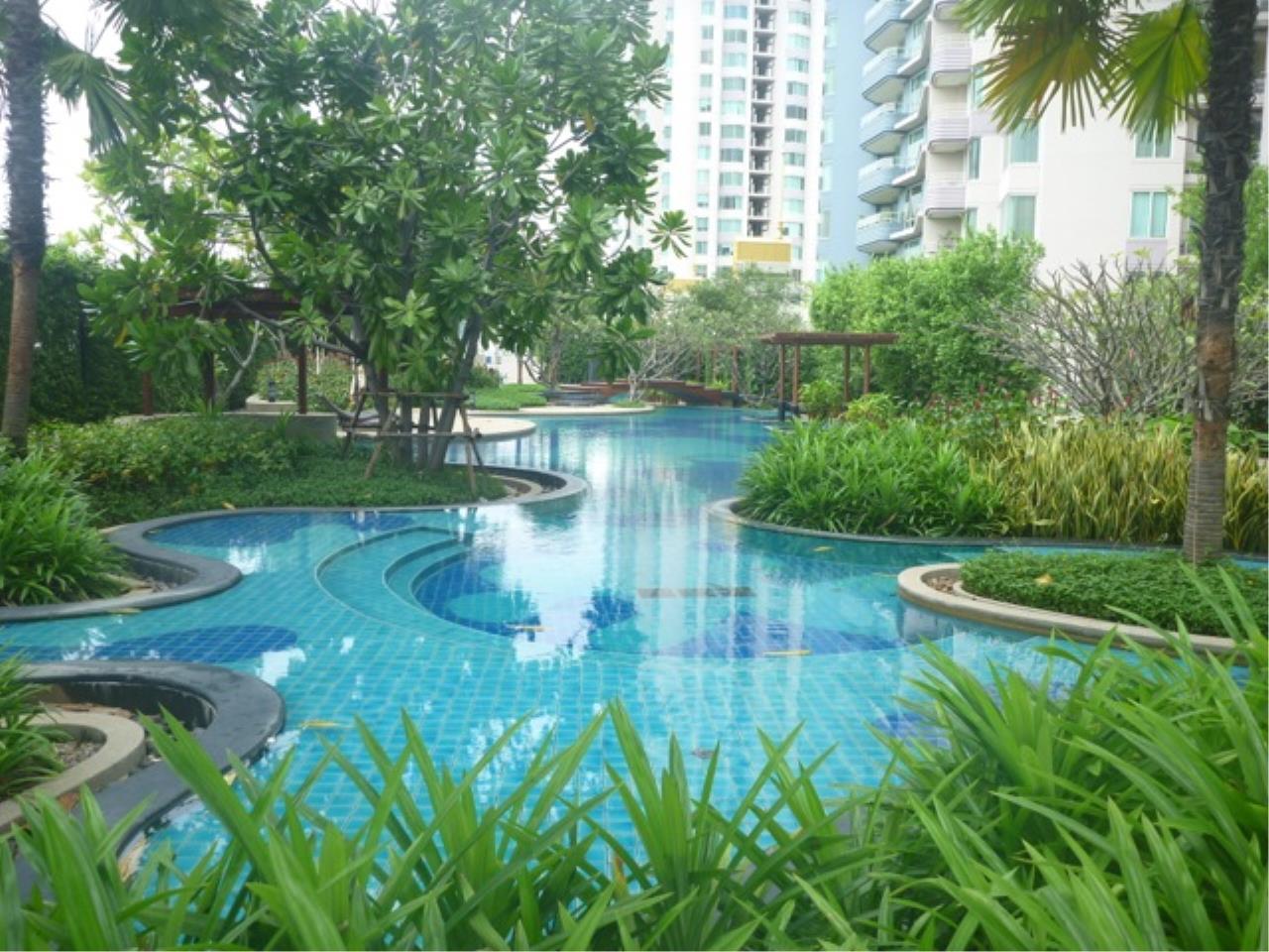 m2 Property Advisors Agency's Watermark Chaophraya 3