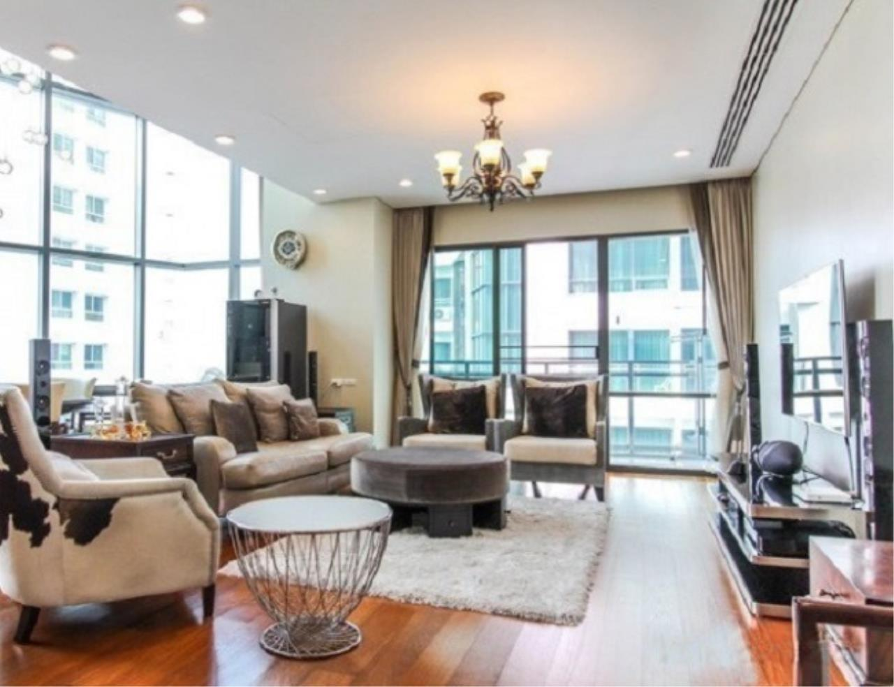 m2 Property Advisors Agency's Bright Sukhumvit 24 2