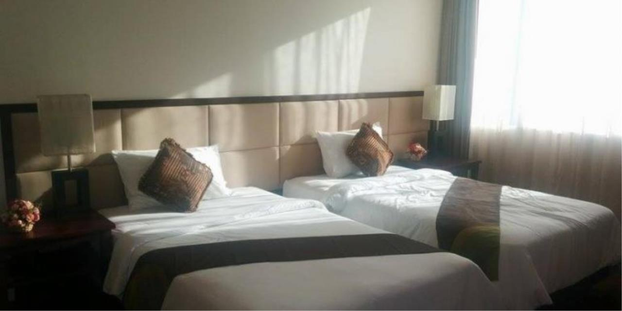 m2 Property Advisors Agency's Piyathip Place 3 Bedrooms Condo For Rent 5