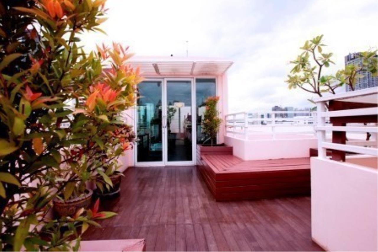 m2 Property Advisors Agency's Baan Siri Sukhumvit 13 3 Bedrooms Condo For Sale 5
