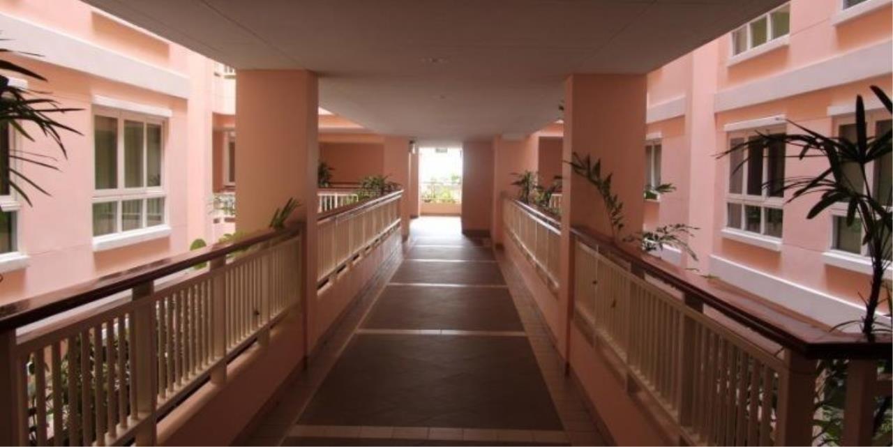 m2 Property Advisors Agency's Baan Siri Sukhumvit 13 3 Bedrooms Condo For Sale 7