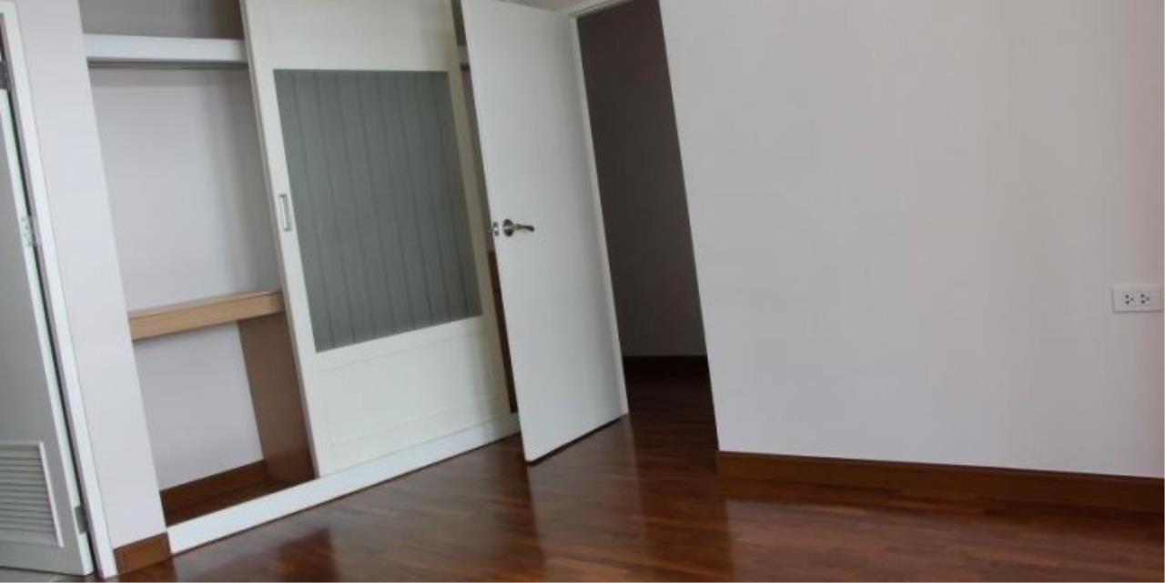 m2 Property Advisors Agency's Baan Siri Sukhumvit 13 3 Bedrooms Condo For Sale 9