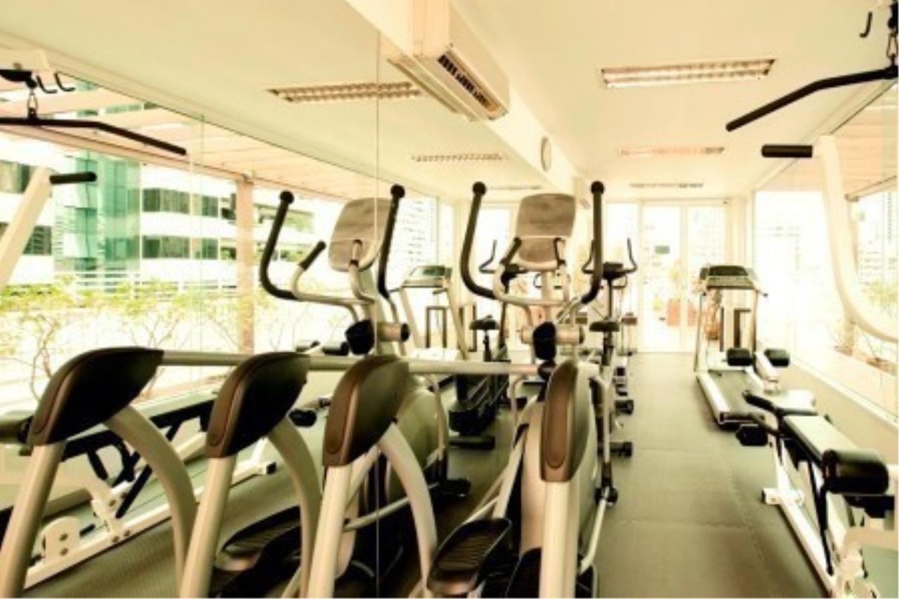 m2 Property Advisors Agency's Baan Siri Sukhumvit 13 3 Bedrooms Condo For Sale 2