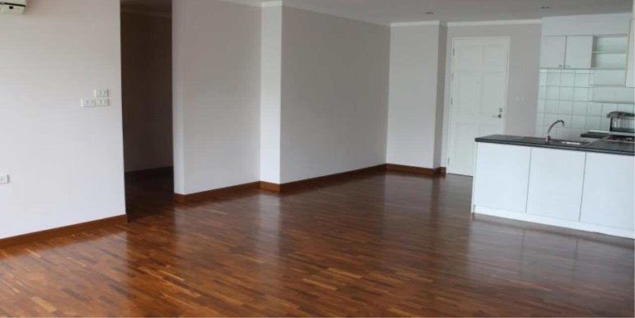 m2 Property Advisors Agency's Baan Siri Sukhumvit 13 3 Bedrooms Condo For Sale 10