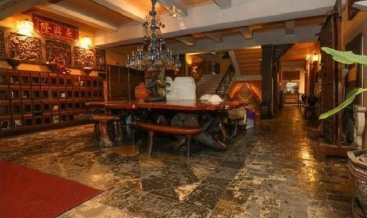 m2 Property Advisors Agency's Ammbassador Court - Ploen Chit 1