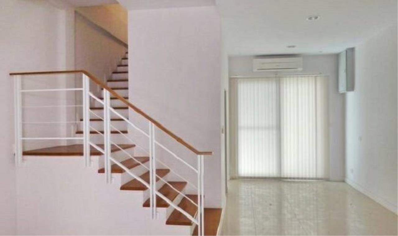 m2 Property Advisors Agency's Bann Klang Krung Sathorn  9