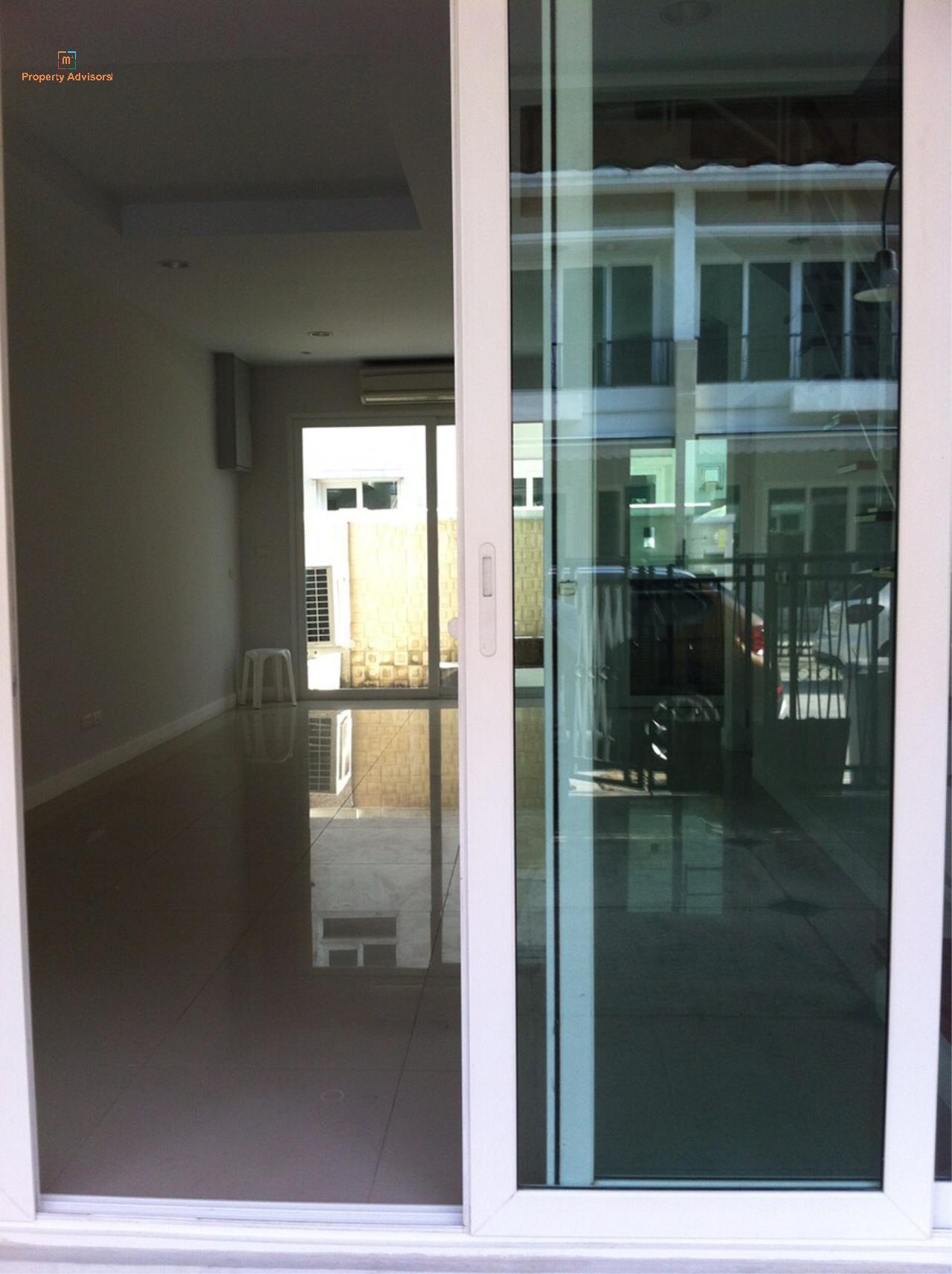 m2 Property Advisors Agency's Bann Klang Krung Sathorn  12