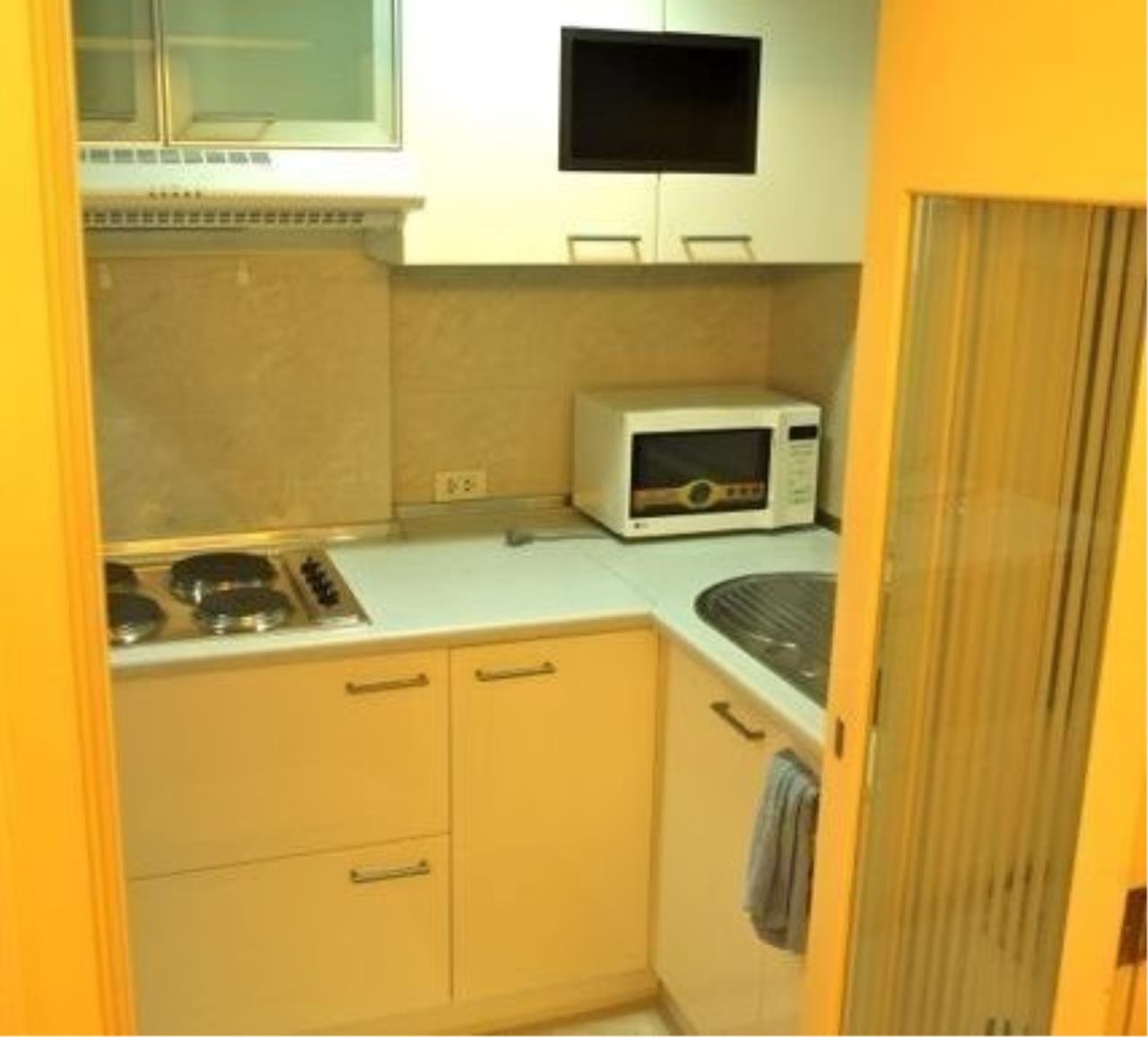 m2 Property Advisors Agency's Lumpini Suite Sukhumvit 41 2 Bedrooms Condo For Rent 6