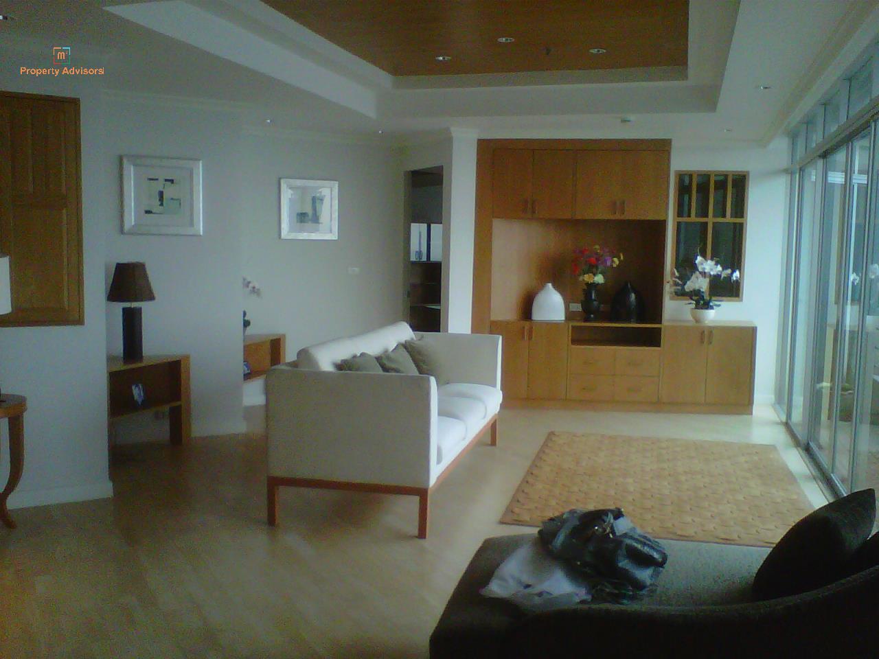 m2 Property Advisors Agency's Baan Sathorn Chaophraya 3